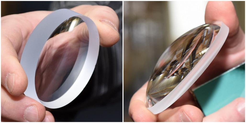 Báze pro výrobu brýlových čoček. Podle jejich zakřivení by vám měl optik poradit s výběrem podobně zakřivených obrouček.