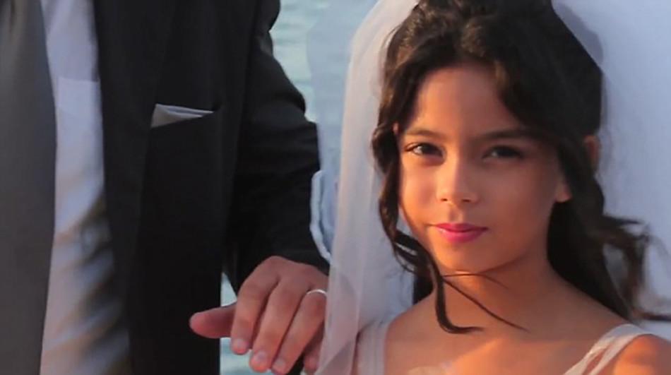 Koukněte na video z falešné svatby!