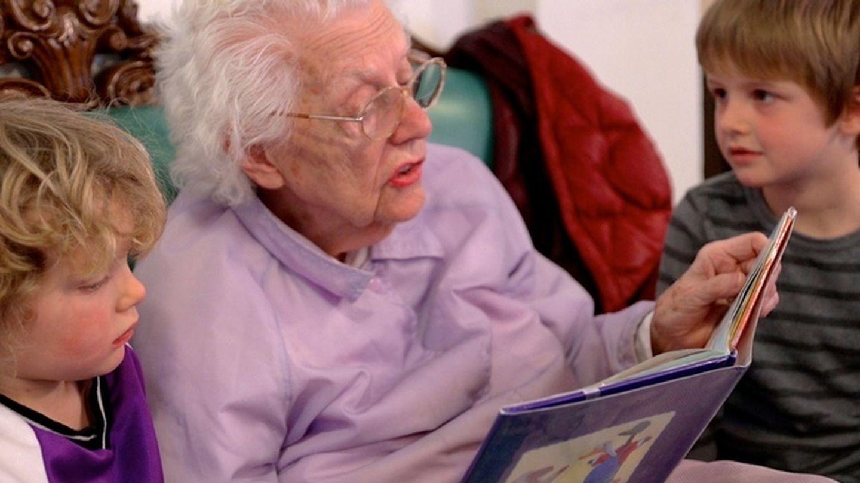 Старики и старушки развлечения дома 9 фотография