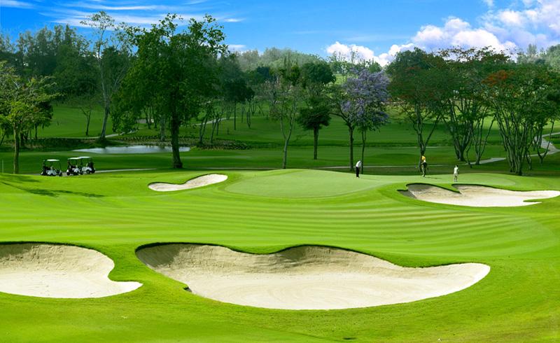 I takhle vypadá golfové hřiště v Thajsku.