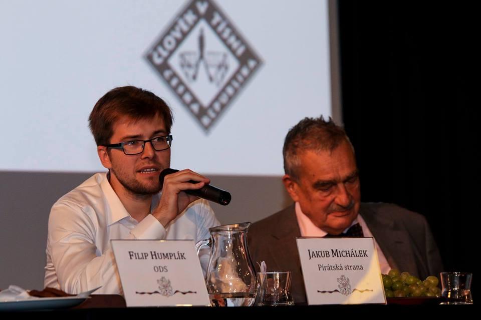 Jakub Michálek je předsedou Poslaneckého klubu Pirátské strany.