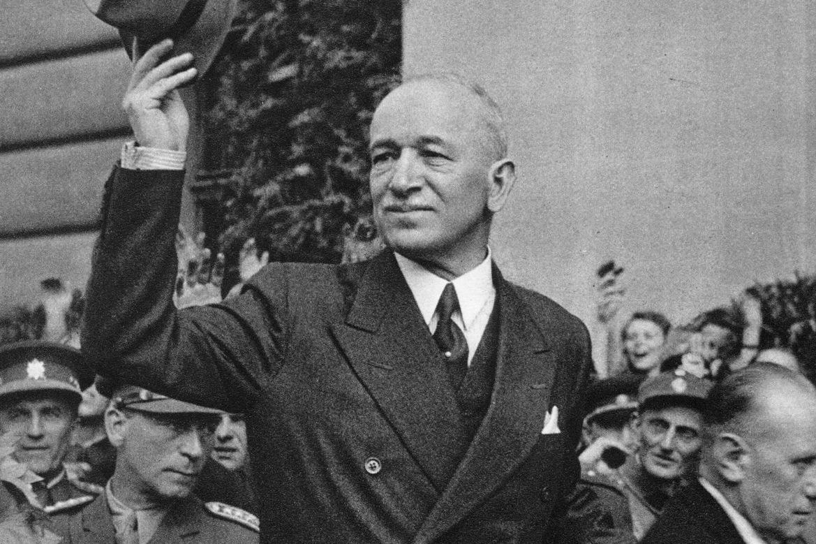 Edvard Beneš v roce 1945.