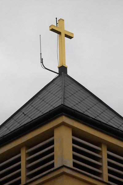 Bleskosvod na střeše kostela