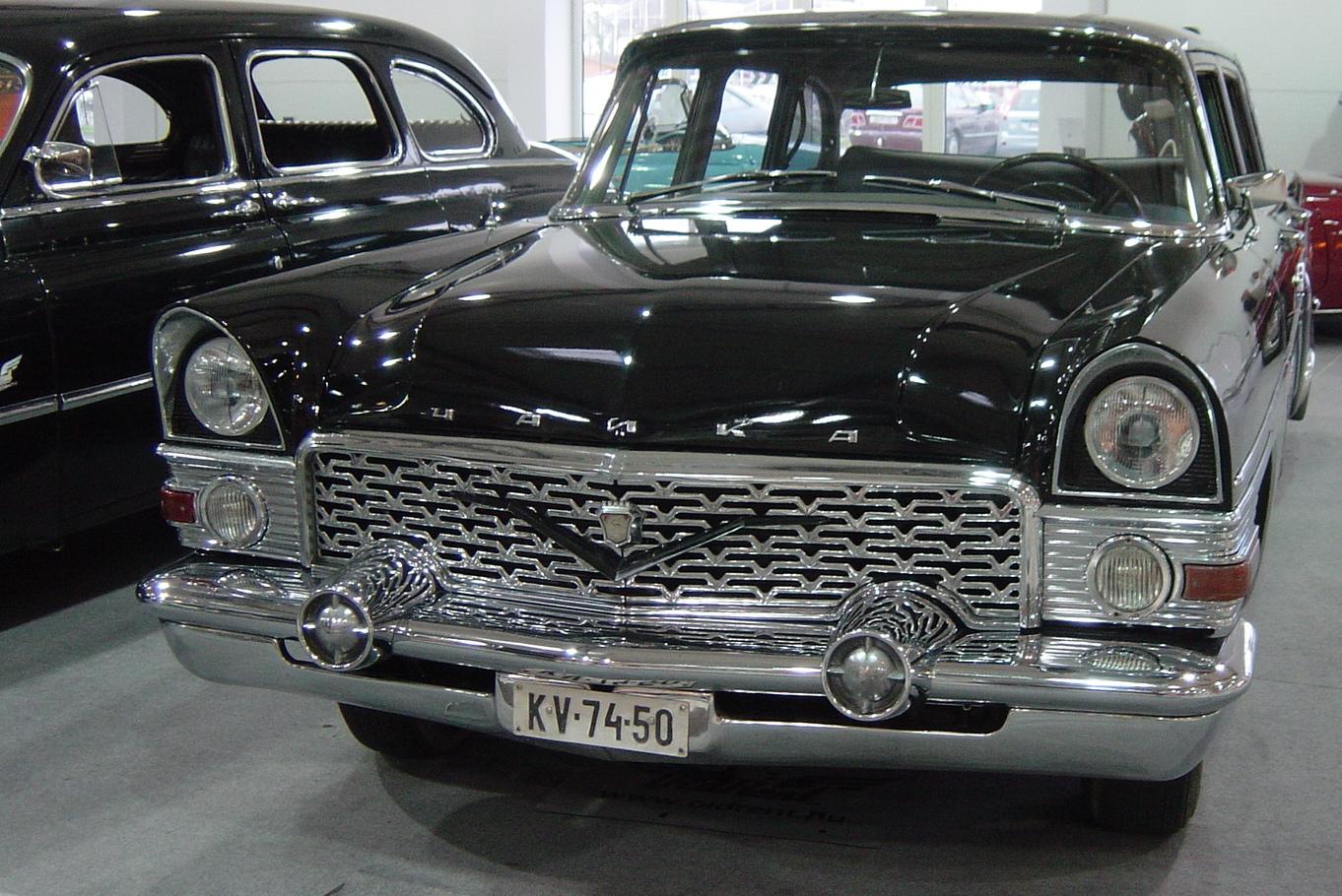 Gaz 13 Čajka byl automobil pro nejvyšší sovětské pohlaváry