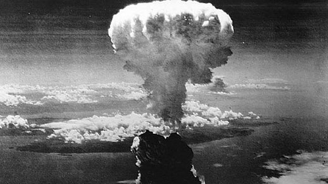 Atomová bomba Little Boy byla na Hirošimu svržena 6. srpna 1945.