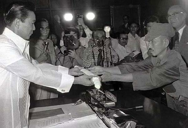 Bývalý filipínský prezident Marcos a Hiró Onoda.