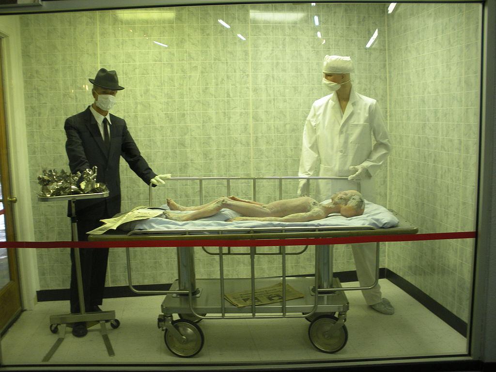 Pitva mimozemšťana - z muzea UFO v Roswellu.