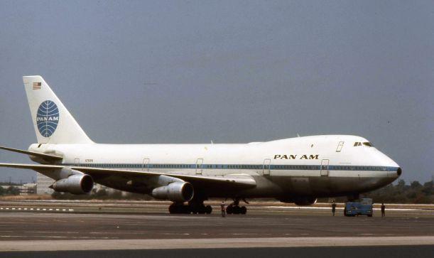 1Pan_American_World_Airways_Boeing_747_N750PA_01
