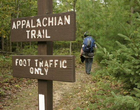 hiker-and-foot-traffic-sign-resized-600.jpg