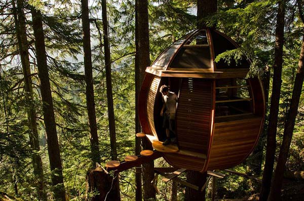 04-The-HemLoft-Treehouse-Whistler-Canada
