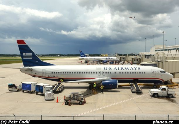 05-b737-4b7-n452uw-us-airways-usa-us-fort-myers-rsw-krsw