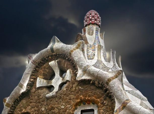 1.-Mind-House-Barcelona-Spain-strangebuildings.com