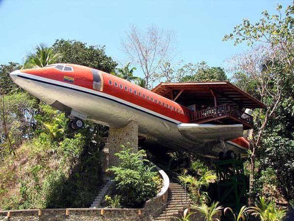 15-Plane-Treehouse-Costa-Rica