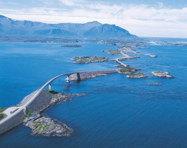 atlantic-road-norway-aerial-photograph-from-above