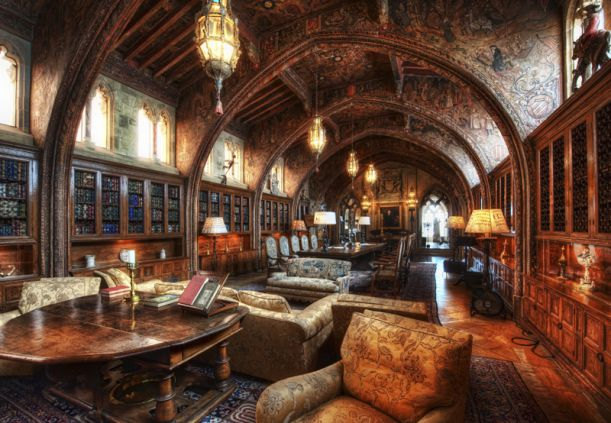 hearts castle library california usa