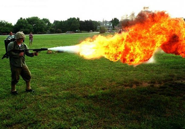 How-Flamethrowers-Work-2