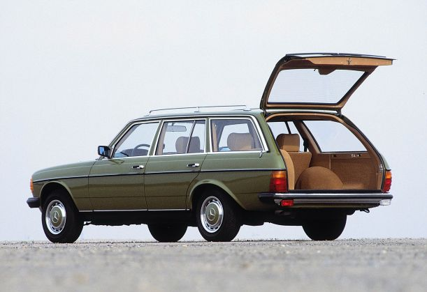 1975-mercedes-benz-123-series-22