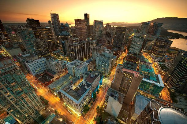 1200px-Downtown_Vancouver_Sunset