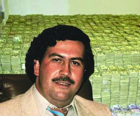 Mezinárodní obchod s kokainem vynesl Escobarovi miliardy. Co se s nimi stalo po jeho smrti?