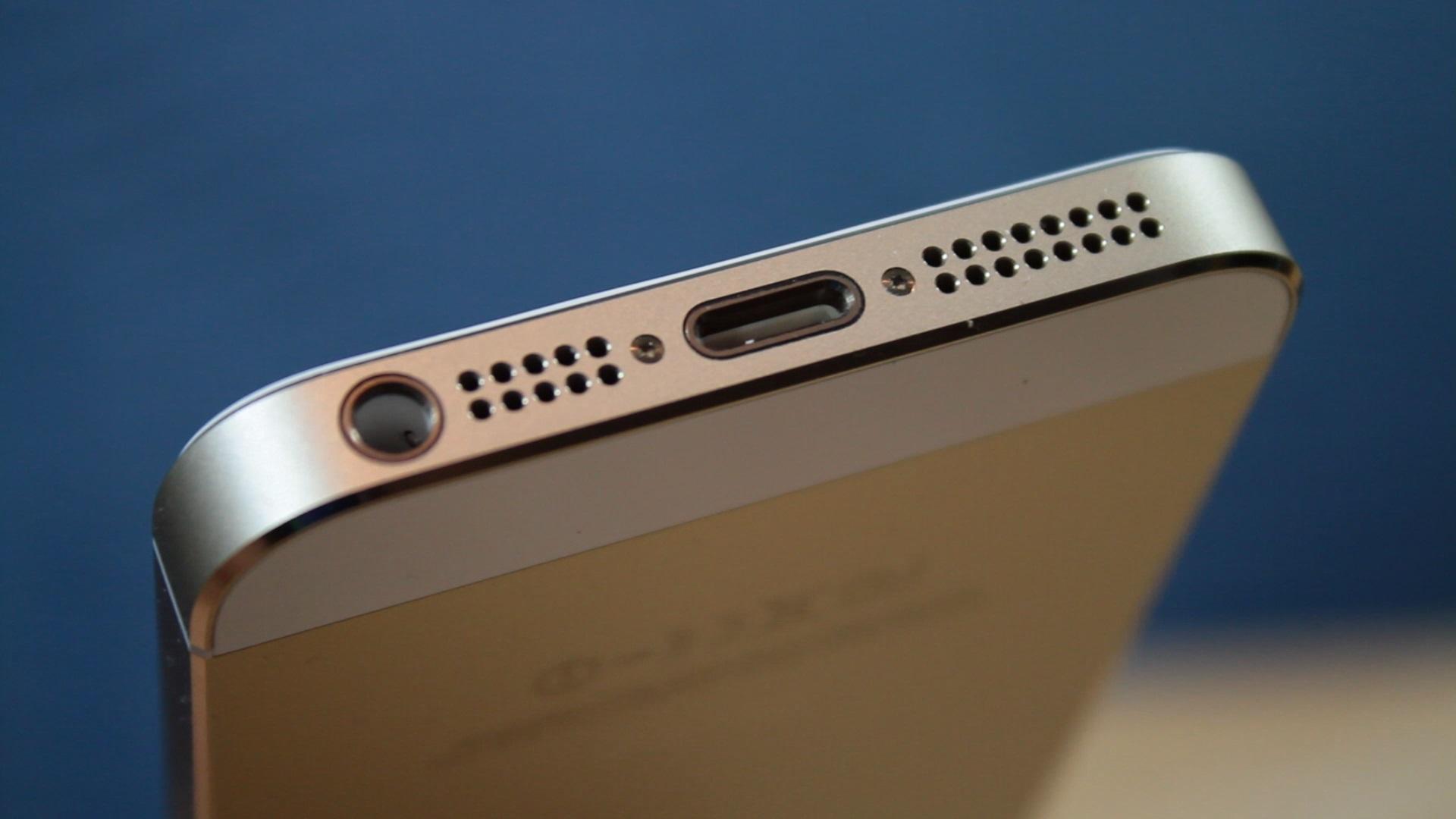 foto 1 iphone 7 se definitivn rozlou s audiojackem