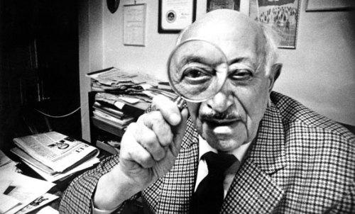 Wiesenthal poctivě dokumentoval nacistické zločiny a odhaloval jejich pachatele.