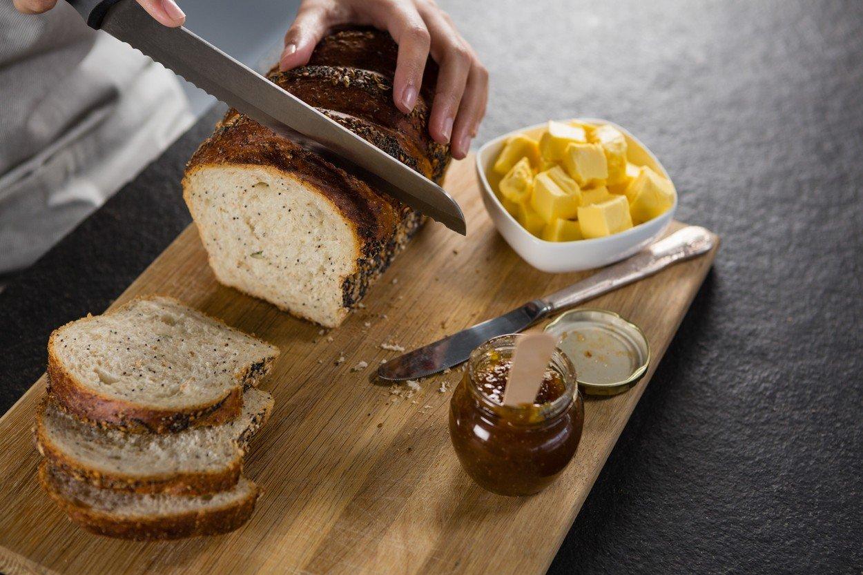 V Itálii  se chléb nekrájí, nýbrž láme.