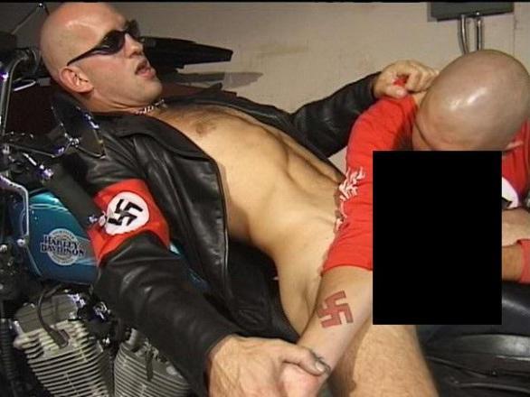 Gay nacistickej porno červená trubica striekať