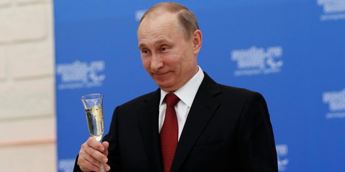 Volby v Rusku ještě neproběhly, už teď je ale jasné, že znovu zvítězí Vladimir Putin. Glosátor Honza Kistanov si celou akci představil jako sportovní utkání...