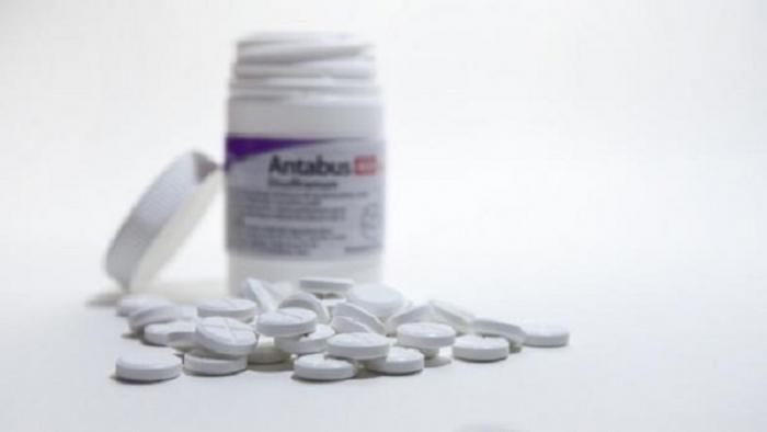 Laciný lék pro alkoholiky je novou nadějí pro pacienty s nádory.