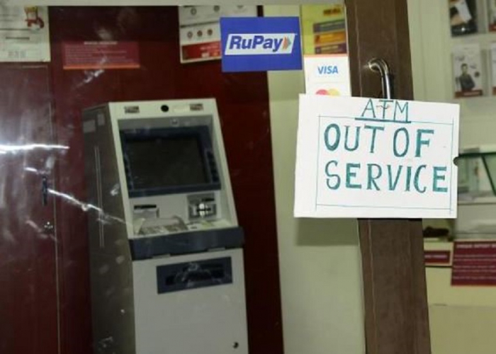 Co bude, až zhasnou bankomaty?