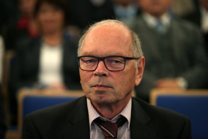 Poslanec Pilný ještě včera odmítal, že by přijal nabídku na ministerské křeslo. Dnes už vymýšlí, co by v úřadě chtěl udělat.