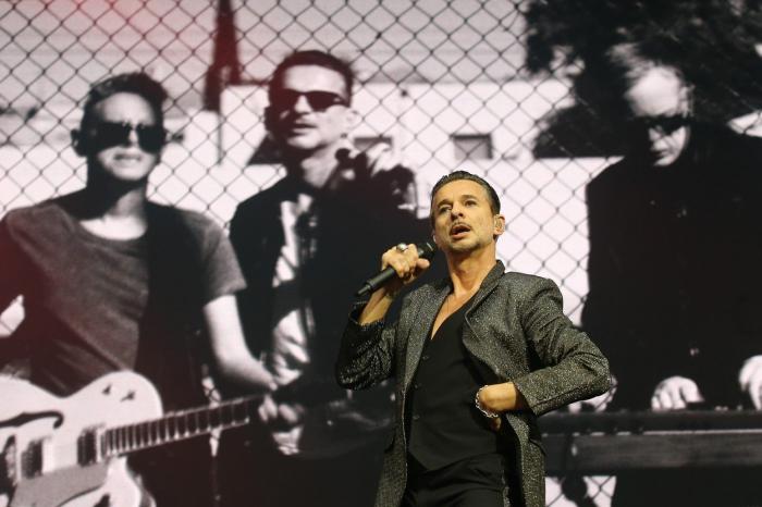 Depeche Mode jsou sice skoro v důchodu, ale i tak prodávají víc lístků, než o generace maldší hvězdičky.