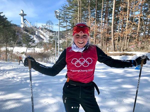 Teprve sedmnáctiletá blondýnka Barbora Havlíčková nás zastupuje mezi běžkyněmi na lyžích.