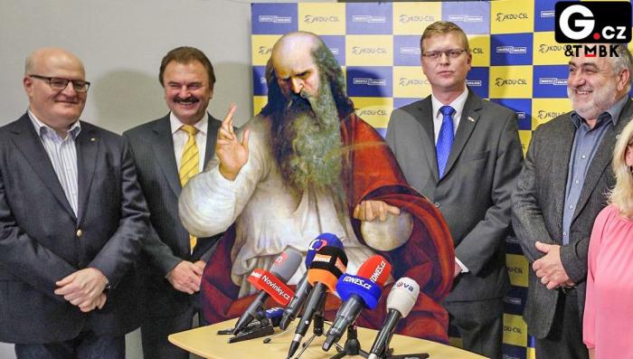 Lidovci na tiskové konferenci představili Boha, který za ně bude kandidovat do Poslanecké sněmovny