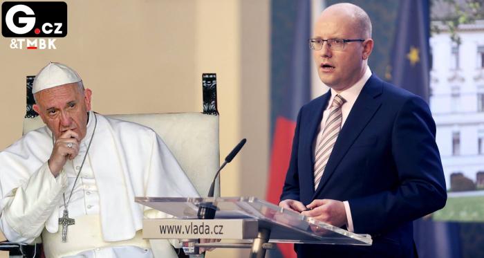 Bohuslav Sobotka je prvním českým premiérem, který odvolal papeže