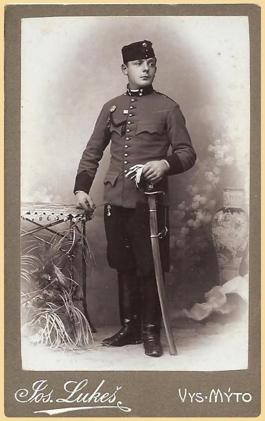 Důstojníček ve Vysokém Mýtě.