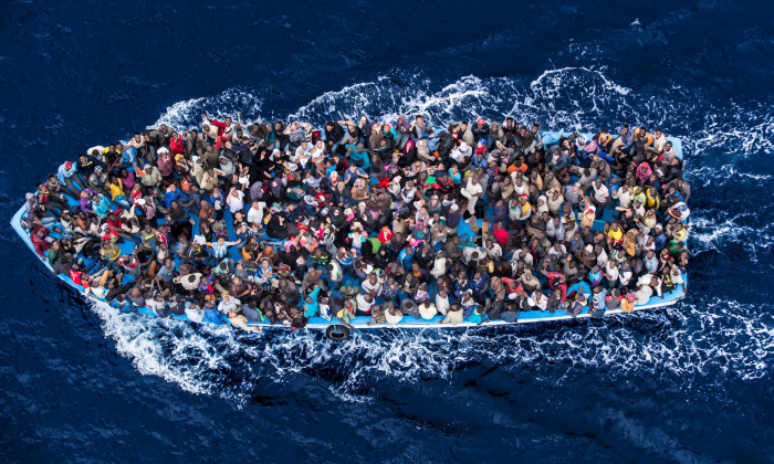 Kdo nastoupí na takovouhle loď, neváží si vlastního života