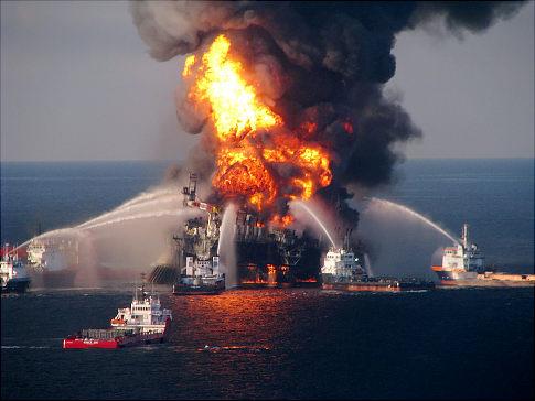 Hořící ropný vrt je lokální průšvih, ale o ničem globálním nevypovídá