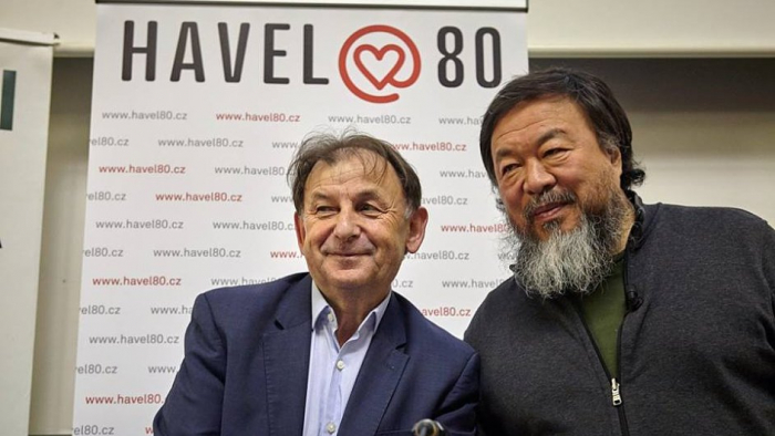 Na výstavu by nepochybně dorazil i Václav Havel, kdyby zrovna nebyl mrtvý.