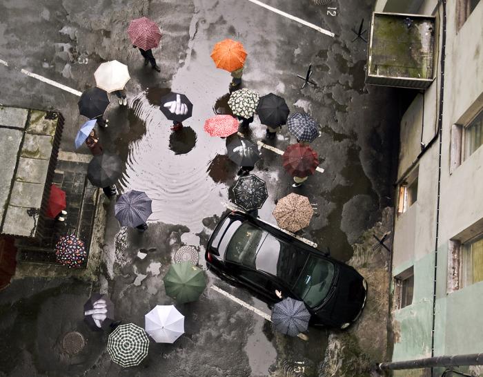 Kdyby ti, dešti, náhodou nebylo zcela jasné, co si o tobě všichni myslíme!
