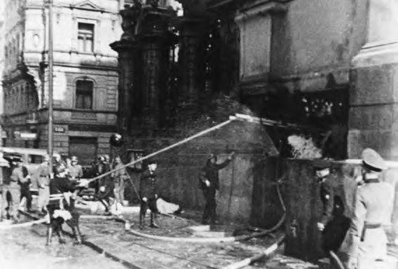 Poté, co je vyzradil Karel Čurda, nalezli parašutisté smrt v kryptě těžce obléhaného chrámu Cyrila a Metoděje v Resslově ulici.