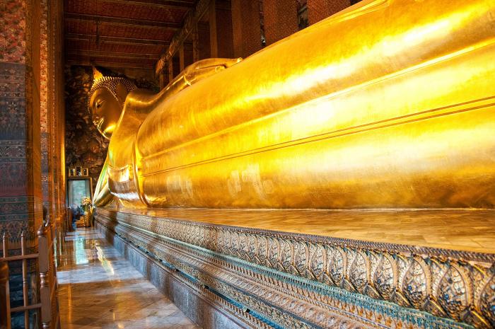 Buddha prý připomíná obrovskou velrybu, vyvrženou na pláž.