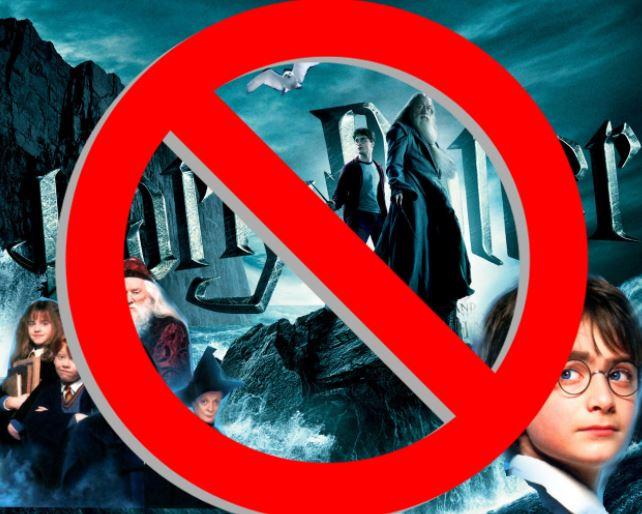 Harry Potter a jeho přátelé půjdou do pekla za to, že provozovali čáry.