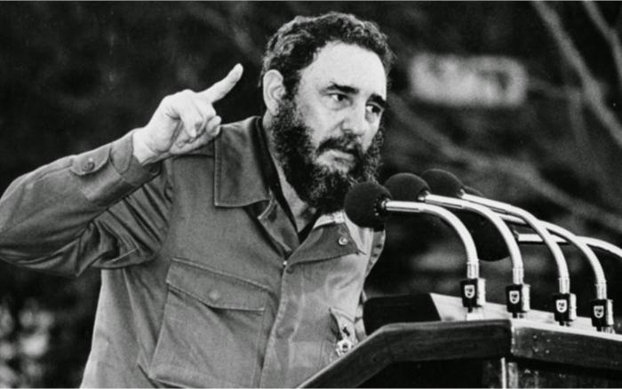 """Mezi """"vousáče"""" (barbudos) patřil i Fidel Castro"""