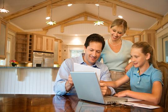 Počítač je při domácím vzdělávání tohoto typu klíčovou pomůckou.