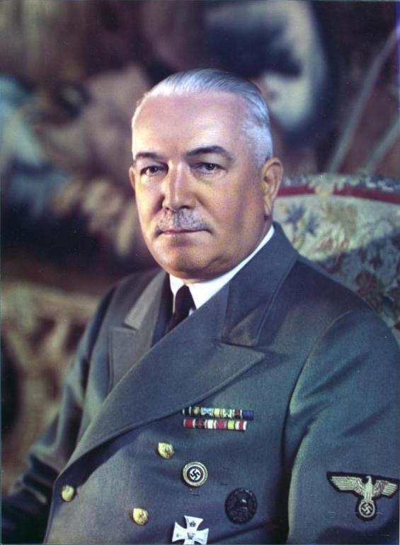 Říšský protektor Konstantin von Neurath měl v Česku nelehký úkol – udělat z Čechů Němce.