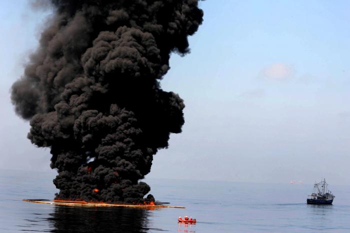 """Tragédie, ale s ekologií nemá nic společného. A běžný """"přírodní"""" výbuch sopky je stokrát horší."""