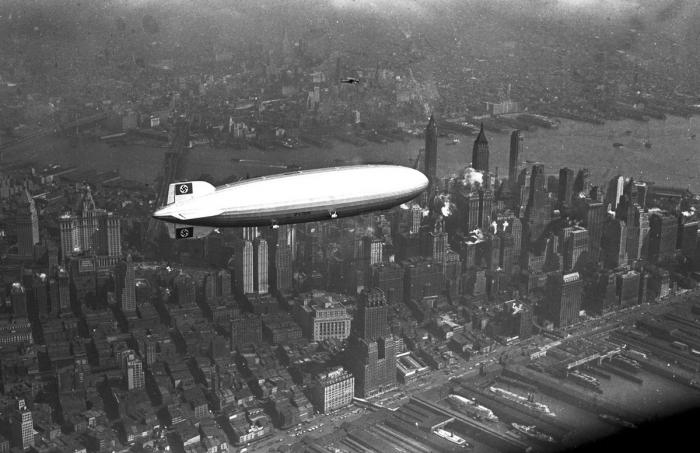 Hindenburg byl určen převážně pro transatlantické lety. Za oceán letěl celkem sedmnáctkrát.