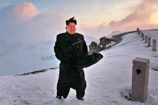 Zdolat horu v polobotkách pro tohoto muže nebyl problém