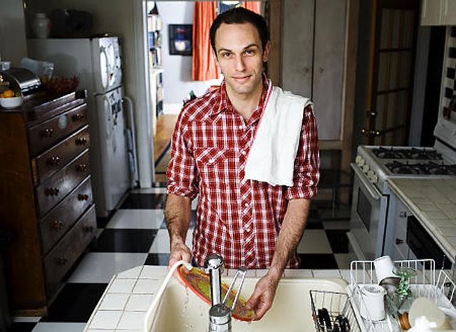 Umyjte si po sobě talíř. Uděláte ji tím šťastnou